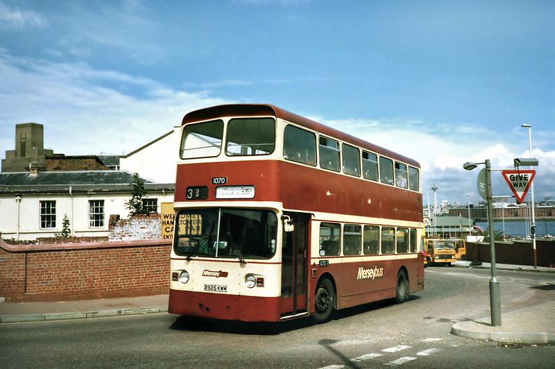 1070 B926KWM, Birkenhead Woodside 24/7/1991