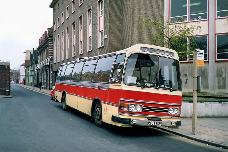 82 RYJ886R, Hull 29/4/1991