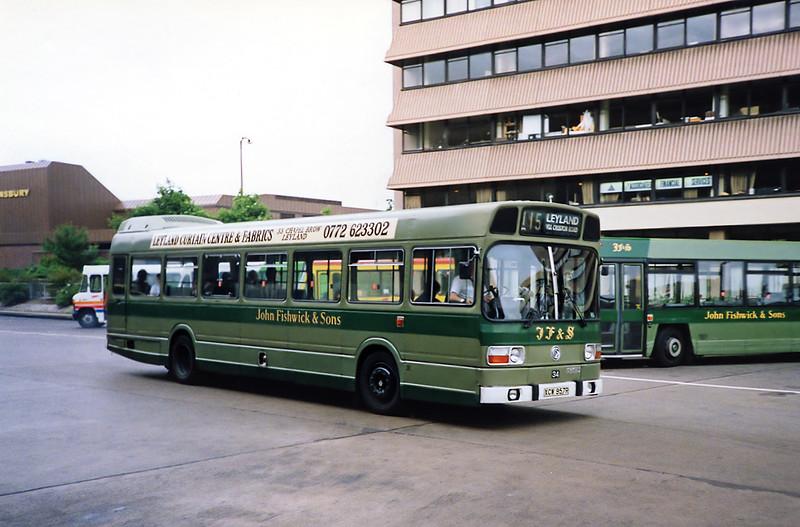 34 XCW957R, Preston 29/6/1991