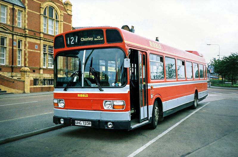 720 UHG720R, Chorley 29/6/1991
