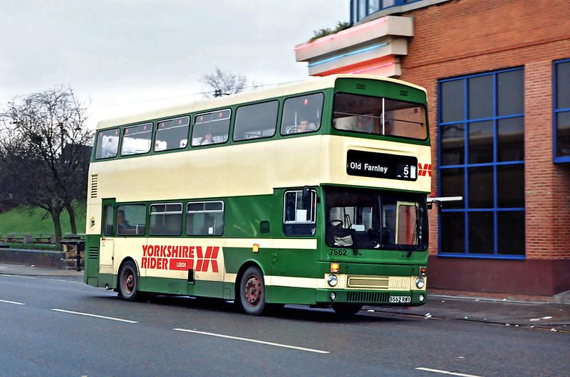 7562 B562RWY, Leeds 4/2/1992