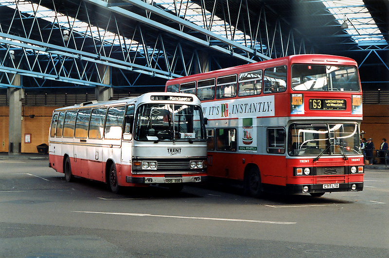 119 RRB119R and 717 C717LTO, Nottingham Victoria 4/3/1992