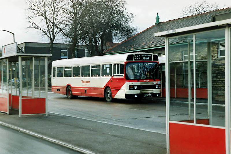 135 NAT202V, Cleckheaton 9/2/1992