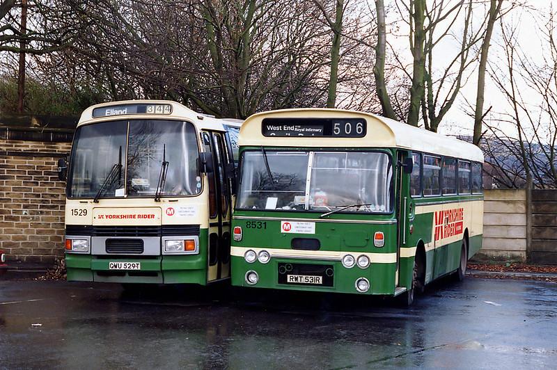 8531 RWT531R and 1529 GWU529T, Halifax 9/2/1992