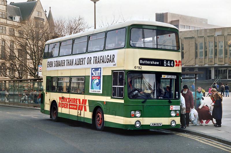6192 JUM192V, Bradford 8/2/1992