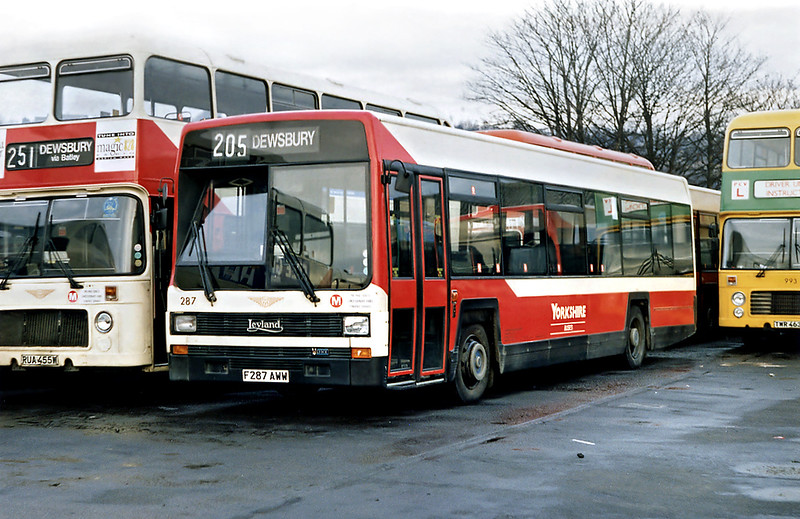 287 F287AWW, Dewsbury 9/2/1992