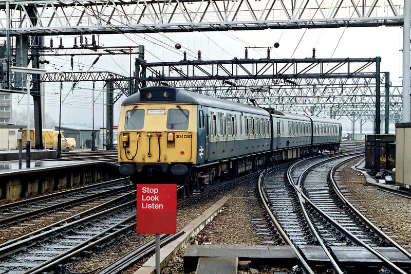 304030 Manchester Piccadilly 16/3/1992
