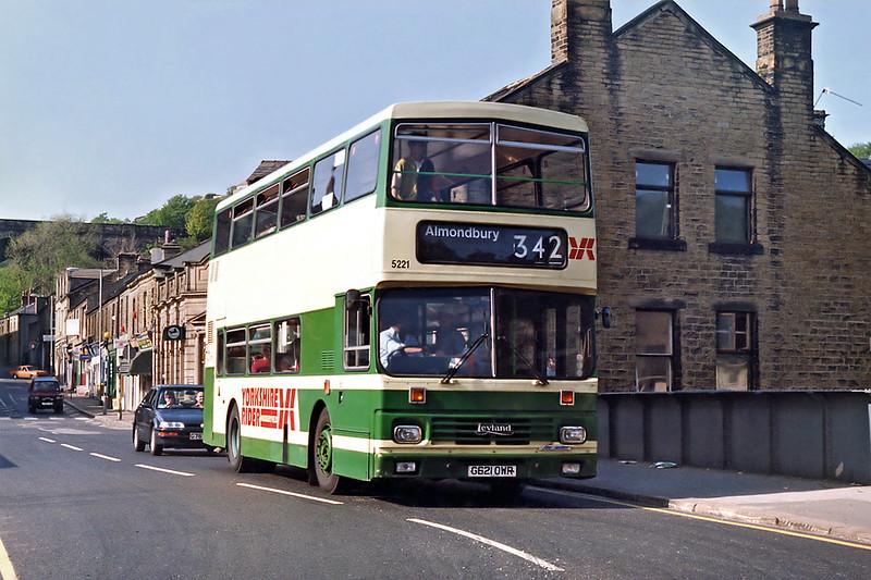 5221 G621DWR, Milnsbridge 17/5/1992