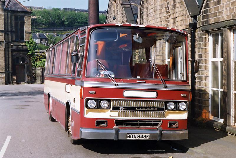 BOA943K, Milnsbridge 17/5/1992