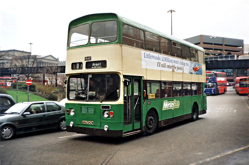 1542 GKA542M, Liverpool 18/1/1992