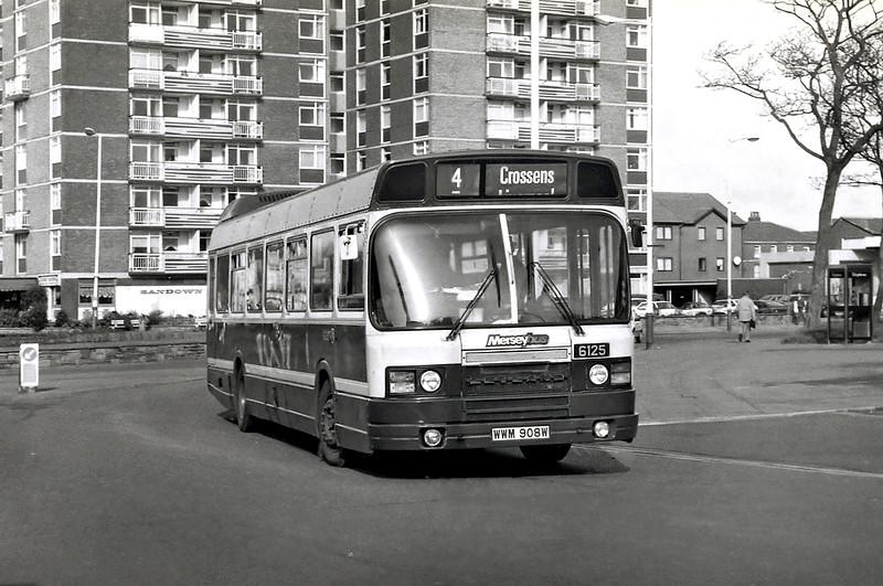6125 WWM908W, Southport 24/2/1992