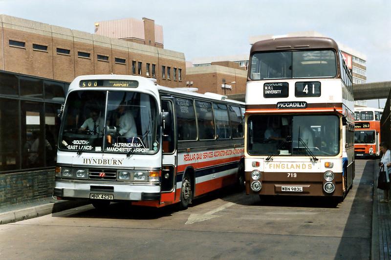 77 MNK423V and Finglands 719 WBN983L, Altrincham 25/6/1992