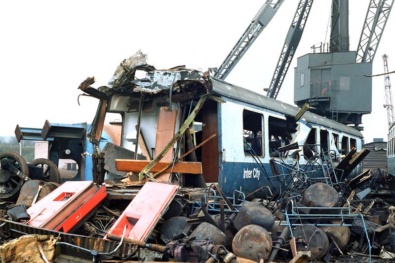 5589 (TSO), Booths Scrapyard Rotherham 29/2/1992