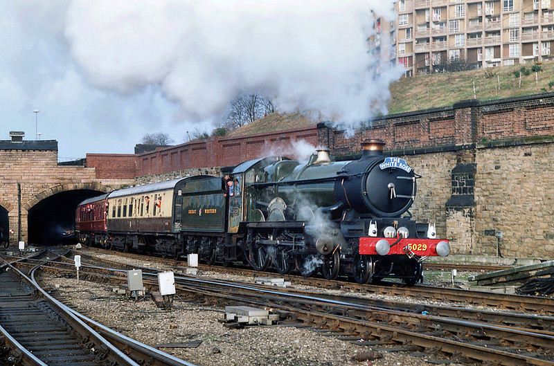 5029 'Nunnery Castle', Sheffield 29/2/1992<br /> 1Z56 0820 London Paddington-London Paddington<br /> (via Sheffield)