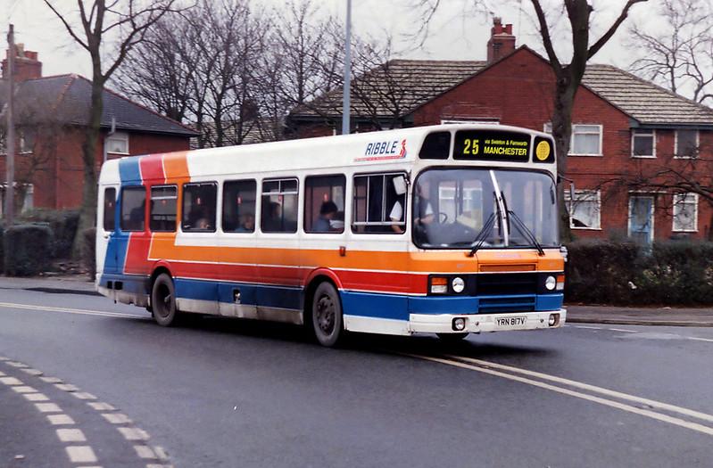817 YRN817V, Weaste 31/12/1992