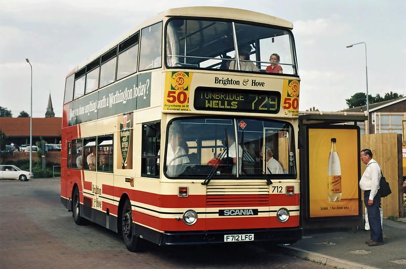 712 F712LFG, Uckfield 19/7/1994