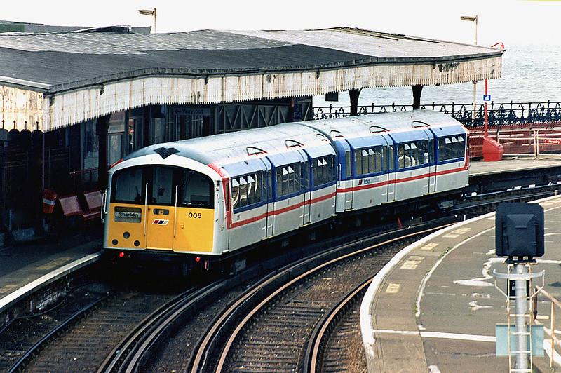 006 Ryde Esplanade 5/4/1995<br /> 1232 Shanklin-Ryde Pier Head