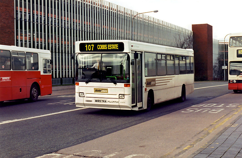 1189 M189YKA, Warrington 7/3/1995