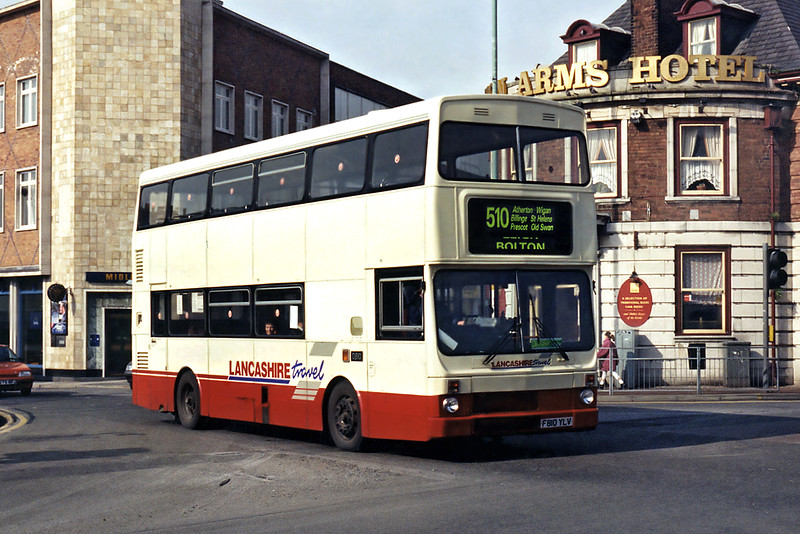 0810 F810YLV, St Helens 10/3/1995