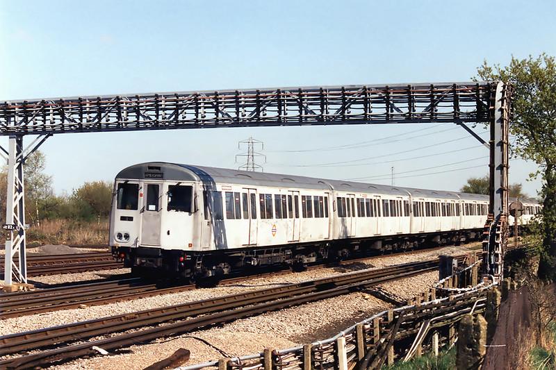 Metropolitan Line 5185, Croxley 13/4/1995