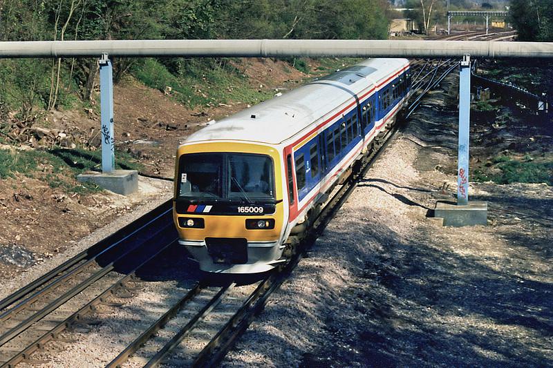 165009 Croxley 13/4/1995<br /> 1527 London Marylebone-Aylesbury