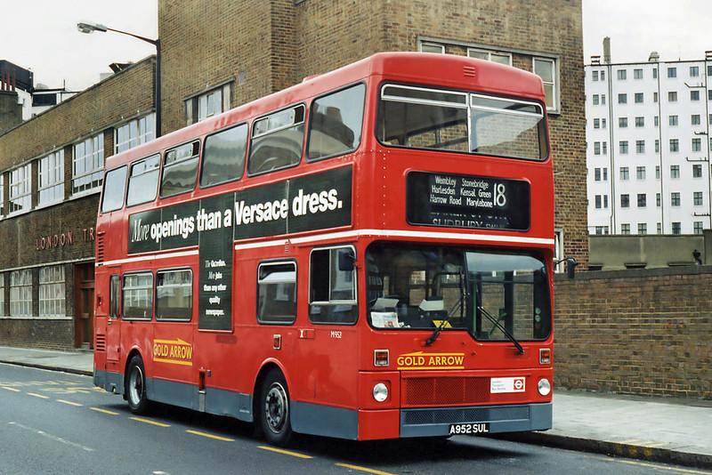 M952 A952SUL, Baker Street 24/6/1995