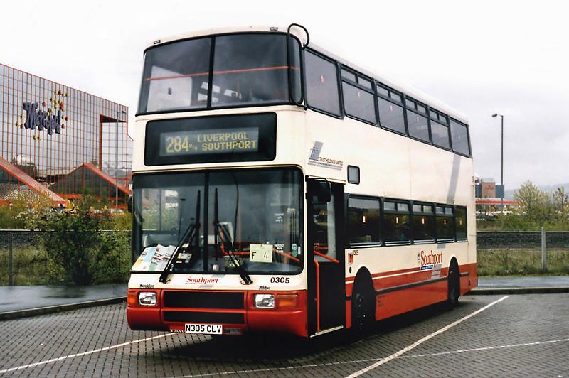 0305 N305CLV, Gateshead Metro Centre 12/5/1996