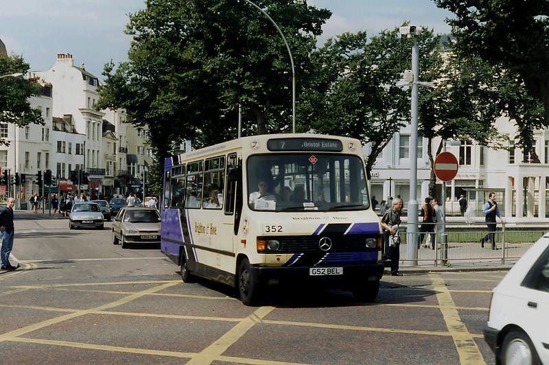 352 G52BEL, Brighton 13/8/1996