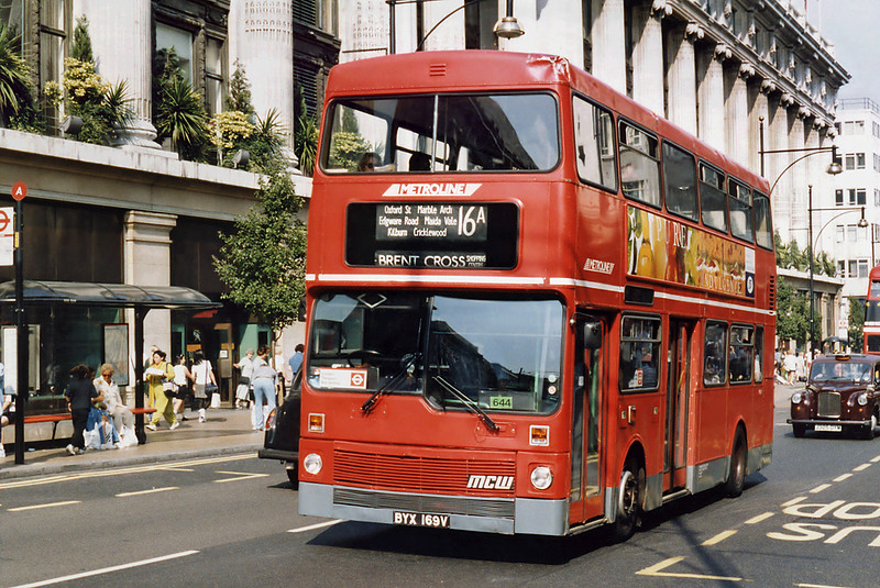 M169 BYX169V, Oxford Street 16/8/1996