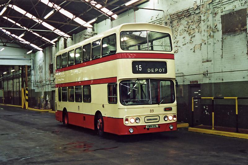 89 VWM89L, Canning Road Depot 18/8/2001