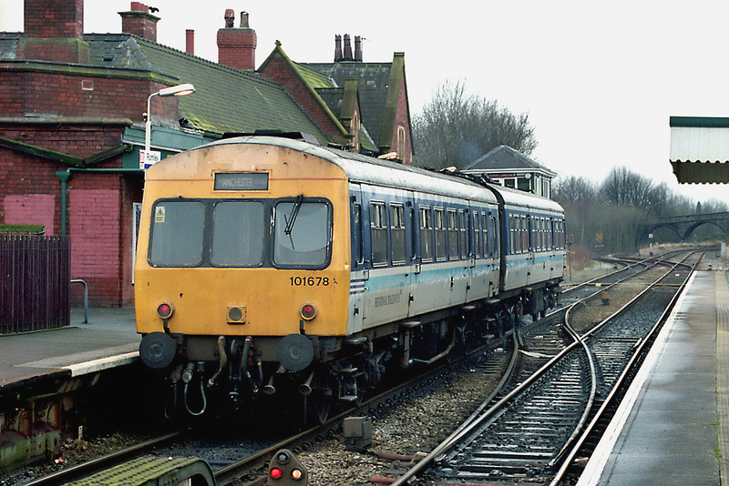 51210 and 53746, Romiley 30/12/2002