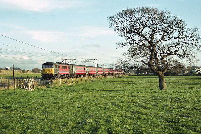 86245 Brock 3/4/2003<br /> 1C20 1525 London Euston-Carlisle