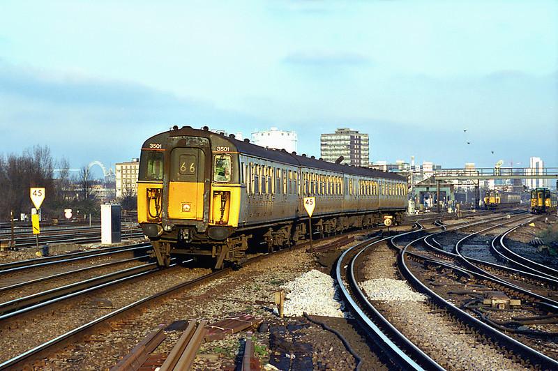 3501 Clapham Junction 11/1/2003