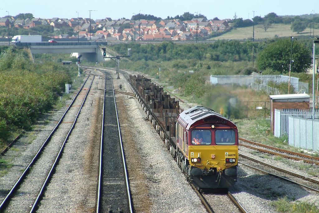 66079 Severn Tunnel Junction 12/9/2003
