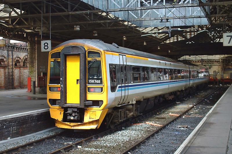 158748 Crewe 13/5/2003