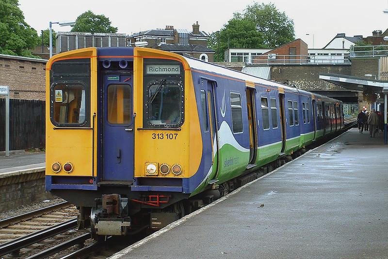313107 Highbury and Islington 13/5/2003