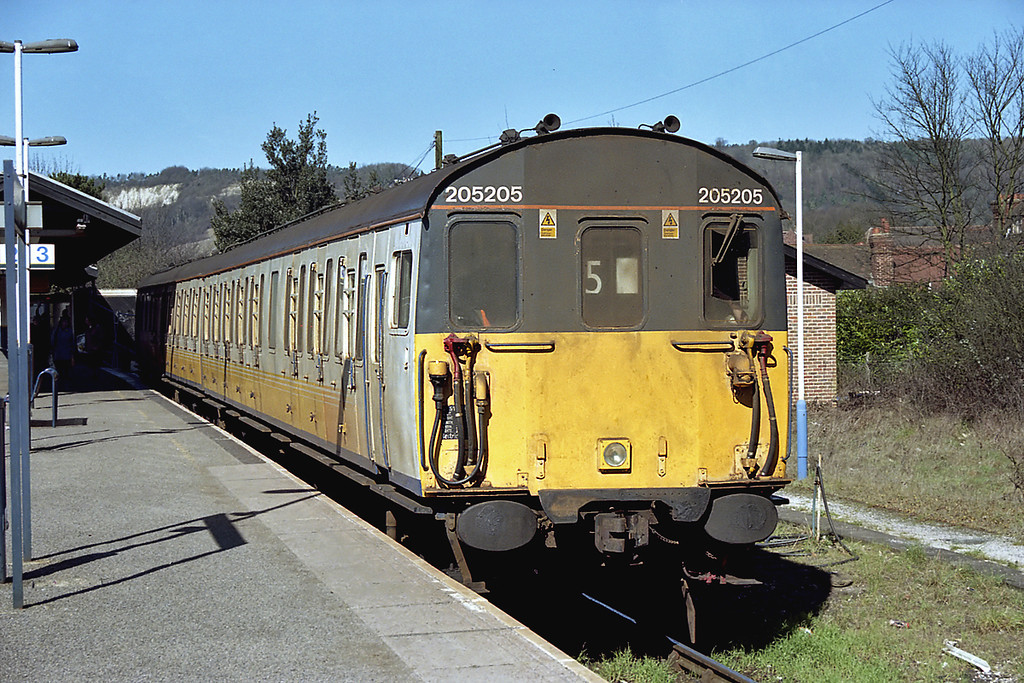 205205 Oxted 14/3/2003