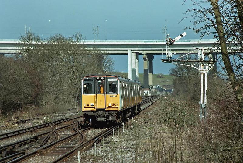 508205 Cuxton 15/3/2003