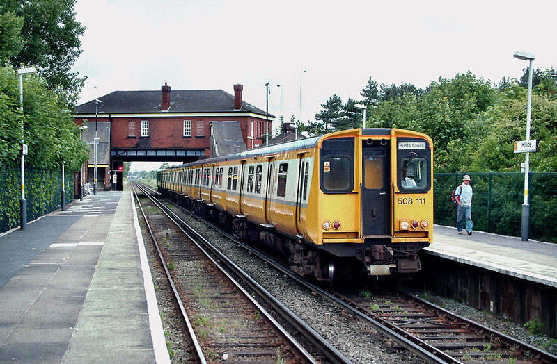 508111 and 508115, Hillside 19/6/2003