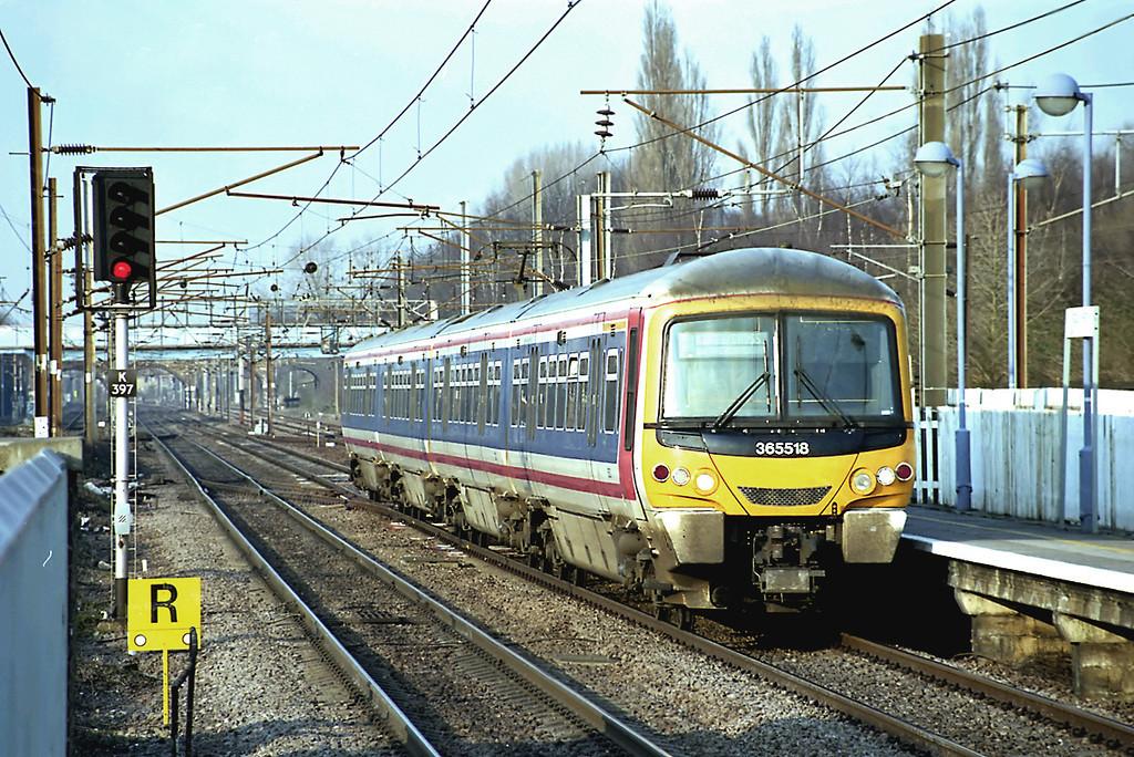 365518 Finsbury Park 21/2/2003