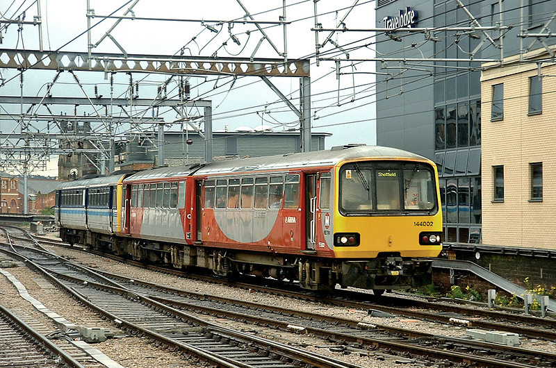 144002 and 142093, Leeds 22/5/2003
