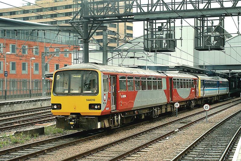 144010 and 142094, Leeds 22/5/2003