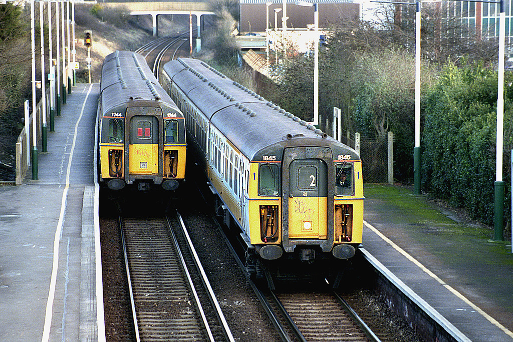 1845 and 1744, Portslade 23/1/2003