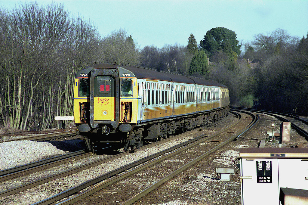 1724 and 1736, Haywards Heath 23/1/2003