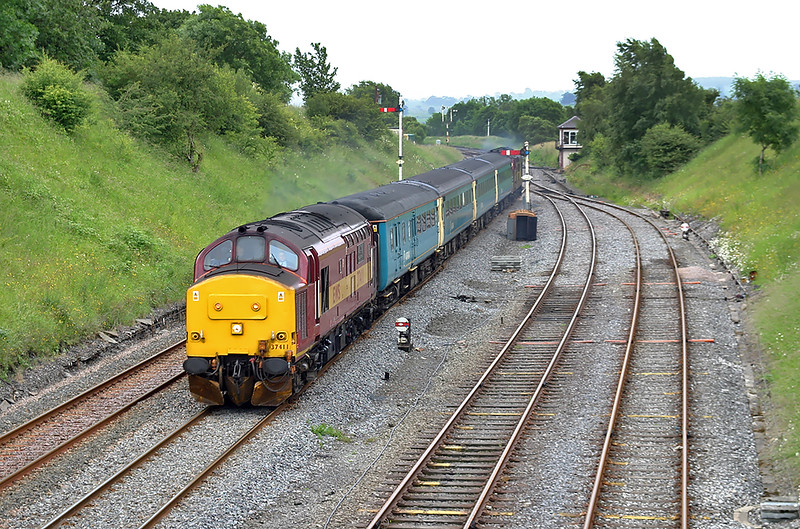 37411 and 37408, Settle Junction 1/7/2004