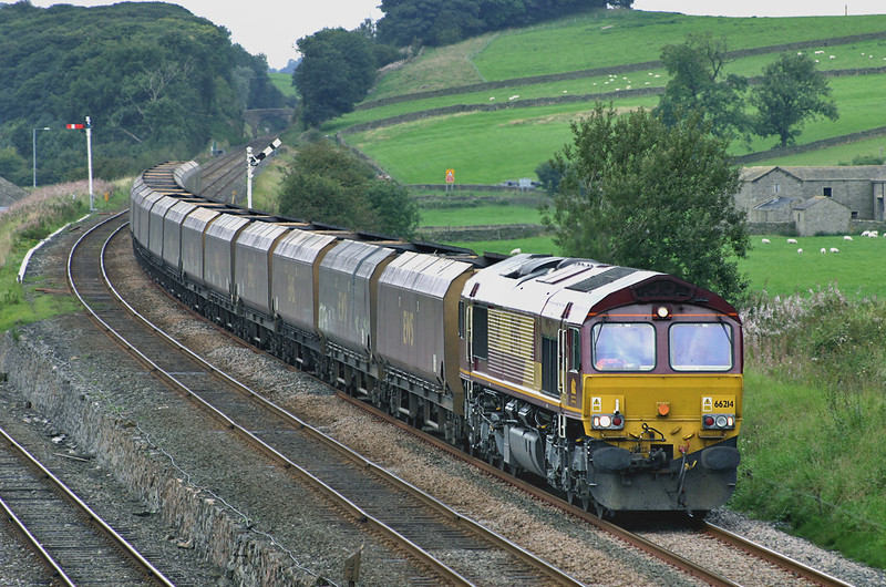 66214 Settle Junction 1/9/2004