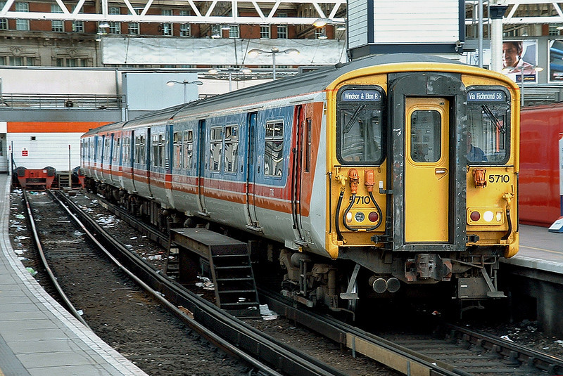 5710 London Waterloo 2/10/2004