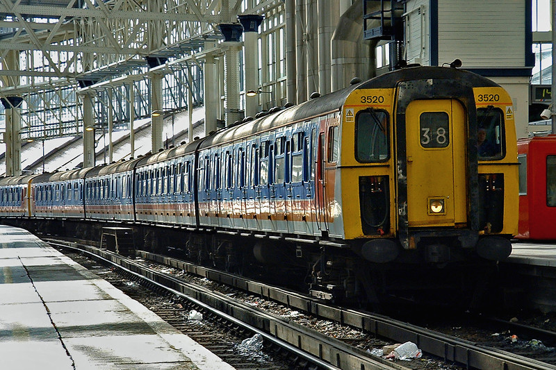 3520 and 3456, London Waterloo 2/10/2004
