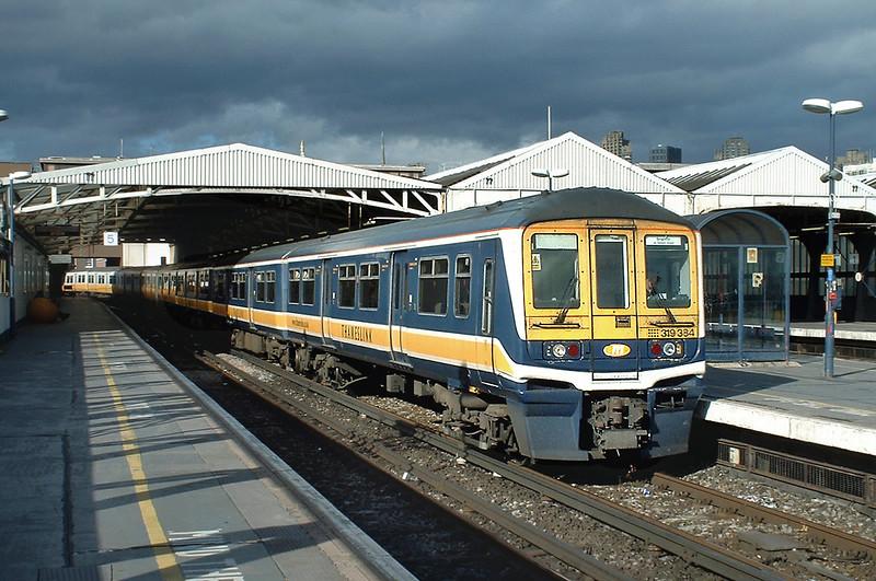 319384 and 319004, Blackfriars 2/10/2004