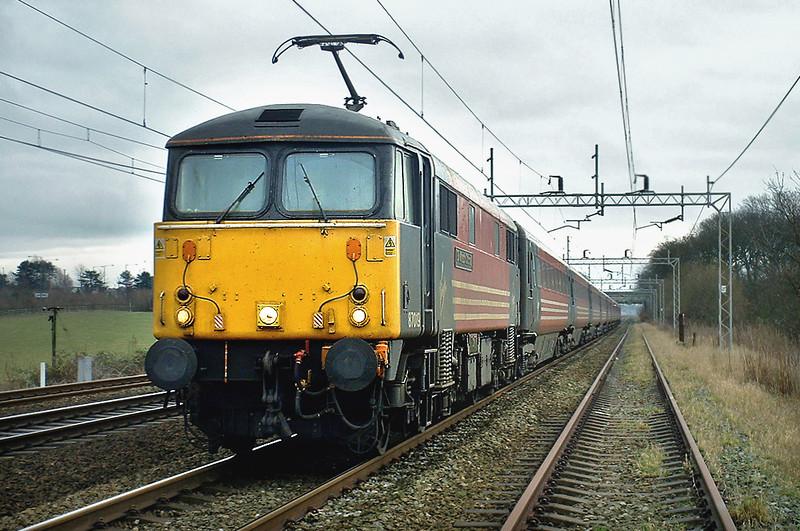 87019 Acton Bridge 5/1/2004<br /> 1S57 1030 London Euston-Glasgow Central